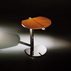 Cobra mesa madera | Side tables | Tresserra