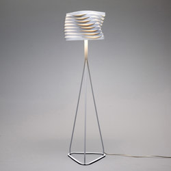 Boomerang floor lamp | Luminaires sur pied | almerich