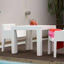 Jut table 90 | Dining tables | Vondom
