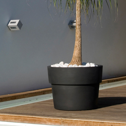 Fang vaso | Flowerpots / Planters | Vondom