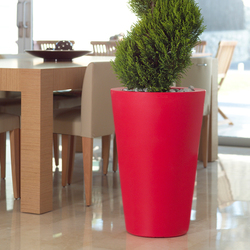 Aigua Cono alto | Flowerpots / Planters | Vondom
