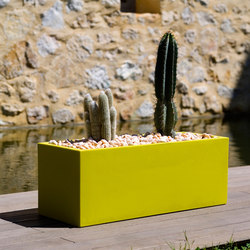Fang Jardinera | Flowerpots / Planters | Vondom