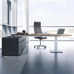 Sono table height-adjustable | Scrivanie direzionali | RENZ