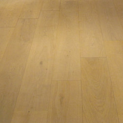 OAK Clear wide-plank brushed | natural oil | Wood flooring | mafi