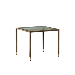 C.D. Stack Table | Esstische | Inno