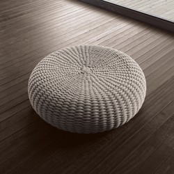 Shell | Garden stools | Paola Lenti