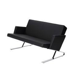 Satyr Two seater with armrest | Divani lounge | ClassiCon