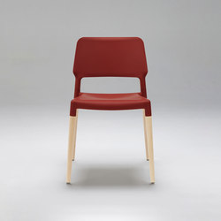 Belloch Chair | Chaises | Santa & Cole