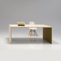 u-table | Individual desks | performa