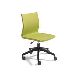 Uma Chair | Sedie | actiu