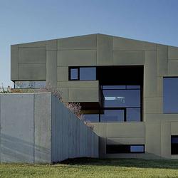 concrete skin | Villa P. Atzbach | Facade systems | Rieder