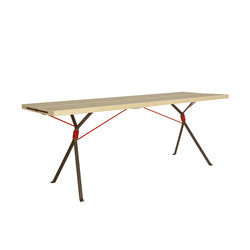 Kampenwand Table | Mesas comedor | Moormann