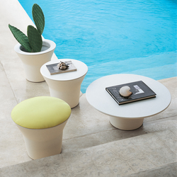 Springtime | Garden stools | B&B Italia