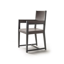 Margaret dining chair with arms | Restaurant chairs | Flexform