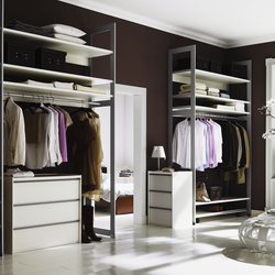 Cornice interior closet storage system | Walk-in wardrobes | raumplus