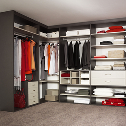 Legno interior closet storage system | Walk-in wardrobes | raumplus