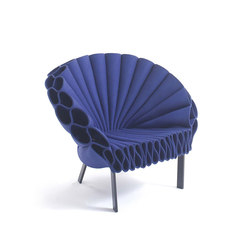 Peacock | Lounge chairs | Cappellini
