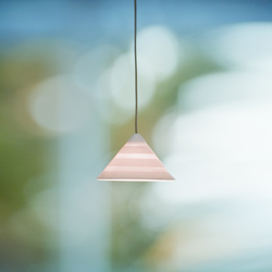 Pyramid Pura Pendant light | Suspended lights | STENG LICHT