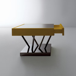 Sottsass | Low table | Mesas auxiliares | Laurameroni