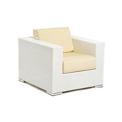 Cora lounge chair | Garden armchairs | Varaschin