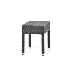 Lotus mobile furniture for outdoors | Side tables | Varaschin