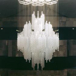 Gulf Hotel Doha - 7076 | Chandeliers | Kalmar