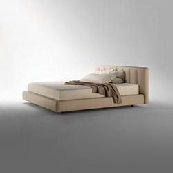 Flavia | Double beds | Poltrona Frau