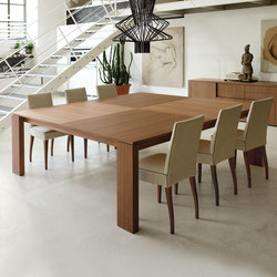 Kevin | Dining tables | Porada