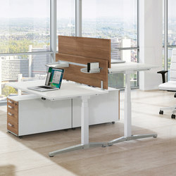 Canvaro Desking programme | Desking systems | Assmann Büromöbel