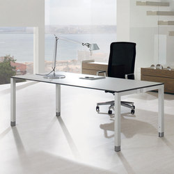 TriASS Furniture range | Escritorios individuales | Assmann Büromöbel