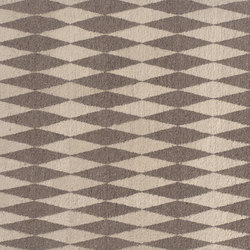 NEYRIZ | Formatteppiche / Designerteppiche | e15