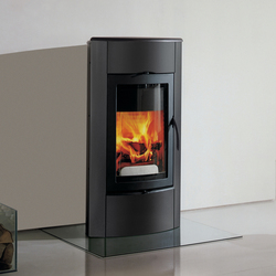 Irony Fireplace 1 | Wood burning stoves | Austroflamm
