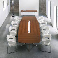 Audience conference table | Mesas de conferencia multimedia | Haworth