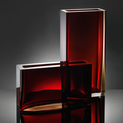 Traam | smokey red | Vases | Anna Torfs