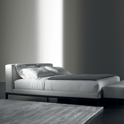 Roger Bed | Double beds | Meridiani