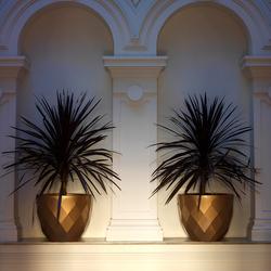 Vases pot | Bacs à fleurs / Jardinières | Vondom