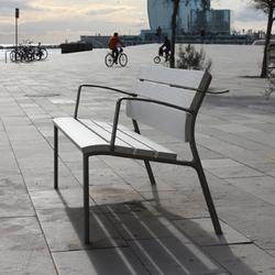 NeoRomántico Liviano 100% aluminio | Exterior benches | Santa & Cole