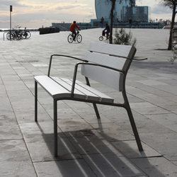 NeoRomántico Liviano 100% aluminio | Panche da esterno | Santa & Cole