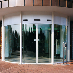 BST Curved sliding doors | Entrance doors | dormakaba