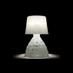 Larsson T3 Table lamp | Illuminazione generale | Luz Difusión