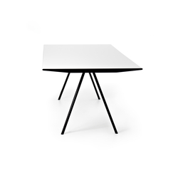 WOGG TIRA Table Eichenberger | Tables de restaurant | WOGG