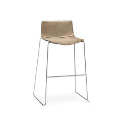 Catifa 46 | 0481 | Bar stools | Arper