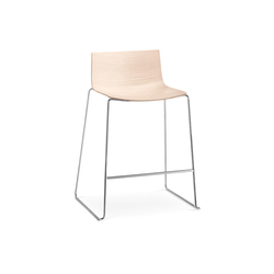 Catifa 46 | 0572 | Bar stools | Arper