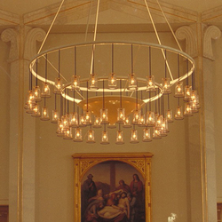LOUISENKIRCHE Kronleuchter | Chandeliers | Okholm Lighting