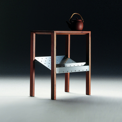 Piano occasional table | Night stands | Flexform