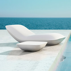 Pillow daybed | Sun loungers | Vondom