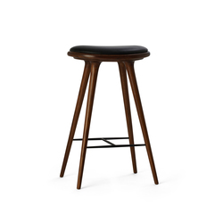 High Stool dark stained oak 74 | Taburetes de bar | Mater