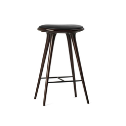 High Stool dark stained hardwood 74 | Tabourets de bar | Mater