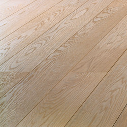 OAK Clear brushed | extra white oil | Wood flooring | mafi