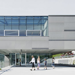 Elementary School St. Walburg | Facade design | Rieder